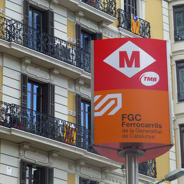 barcelona card métro panneau