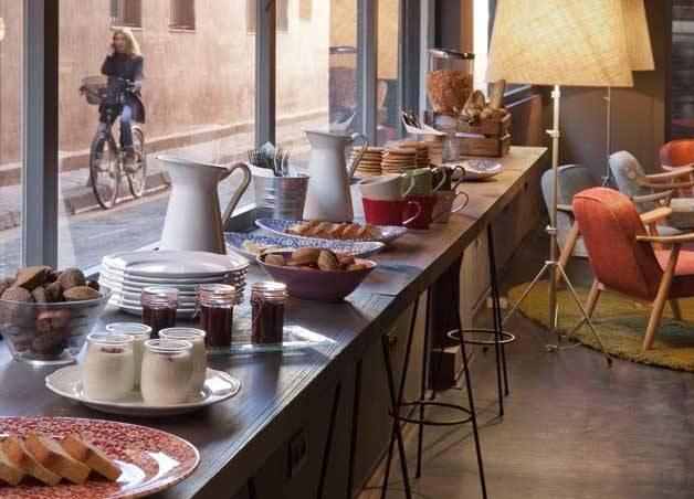 chic and basic buffet petit déjeuner