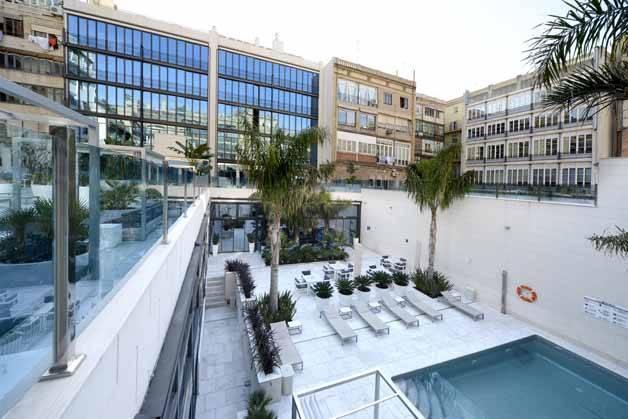 Hôtel Indigo piscine