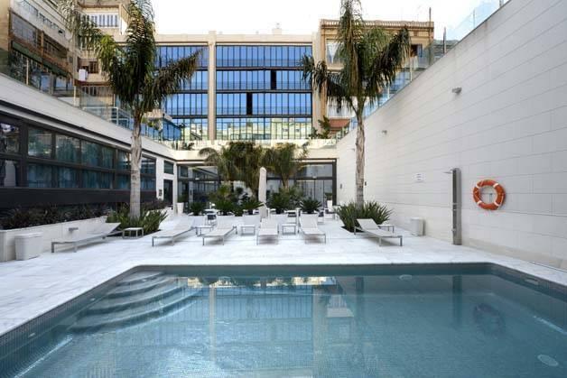 hotel indigo piscine