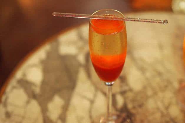 cava fraise hotel market bar rosso