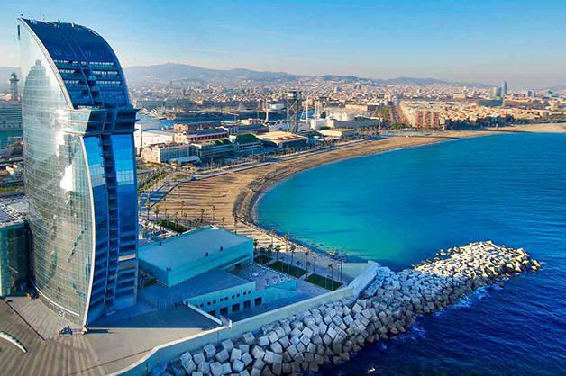 plages de Barcelone hôtel W vue
