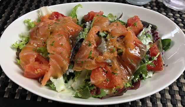 salade saumon bubó