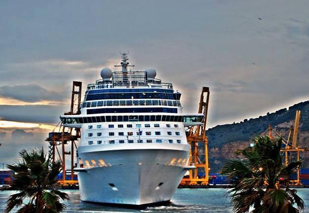 bateau de croisière Barcelone