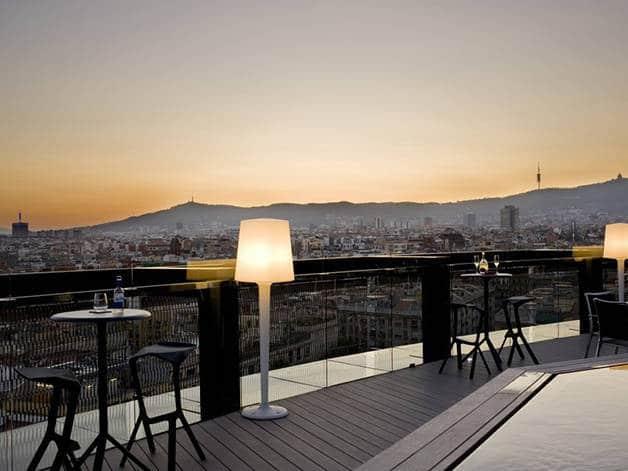 terrasses d'hôtles :barcelo raval