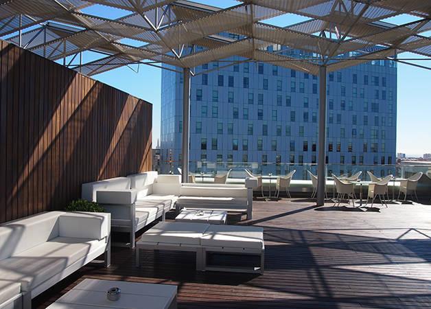 hôtel The Gates diagonal Barcelona terrasse