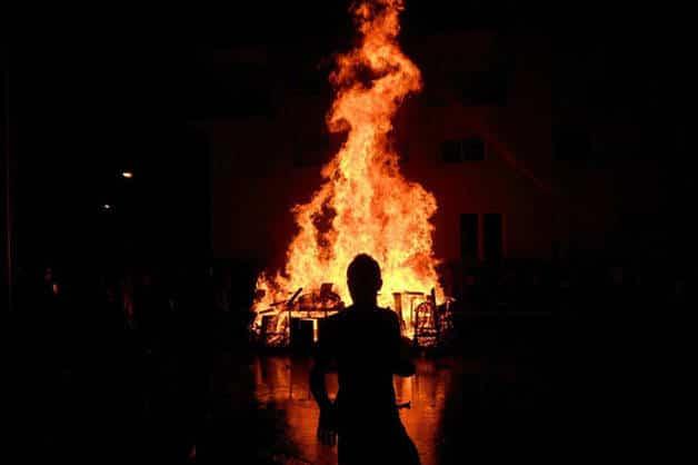 Sant Joan feux de joie