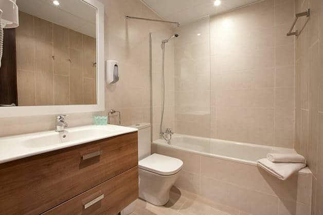 hôtel centric salle de bain