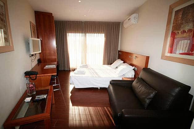 madanis appartements chambre et salon