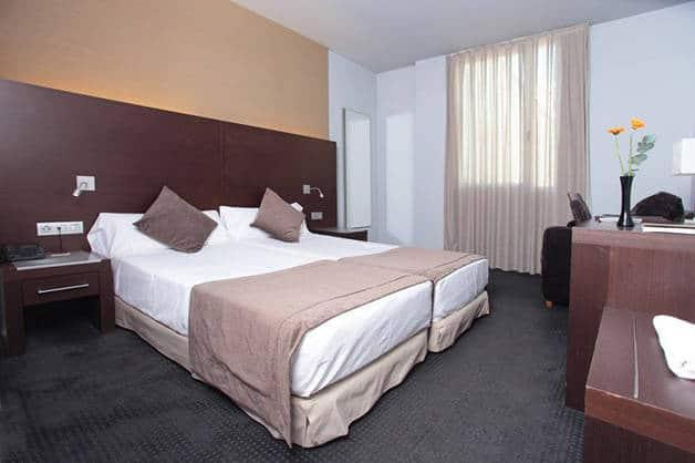 lits jumeaux hôtel madanis