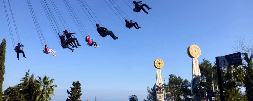 tibidabo.chaises Barcelone avec enfants