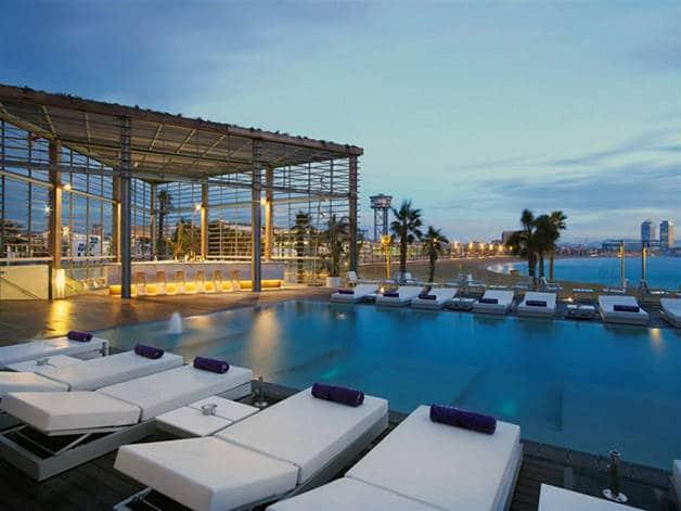 wet deck piscine que faire à Barcelone