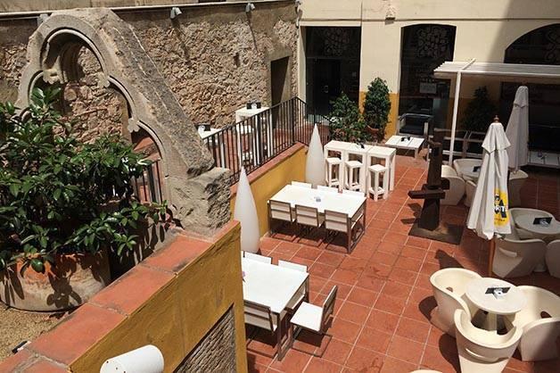 terrasses secrètes: petit palace opera garden