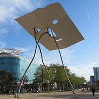 art public sculpture: david i goliath Barcelone