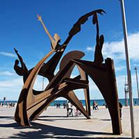 art public homenatge a la natació plage de la Barceloneta