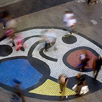 mosaïque de Miró sur les Ramblas art public