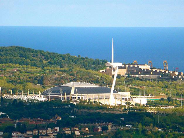 architecture: aiguille à Montjuîc