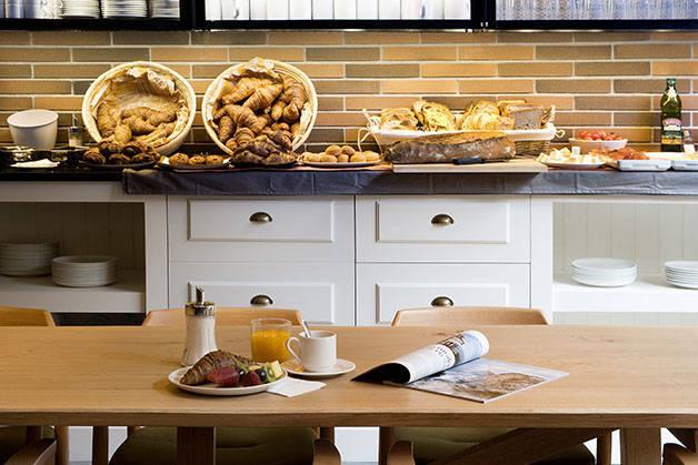 petit-déjeuner baluard Hôtel Praktik Bakery