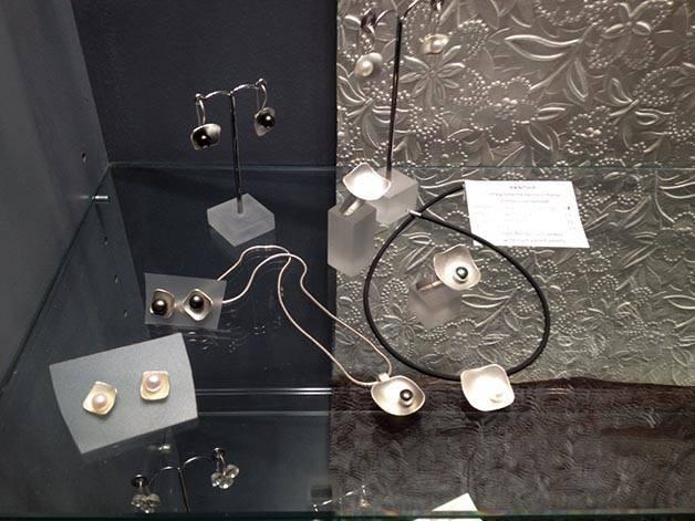 bijouterie: locura cotidiana modèles avec des perles