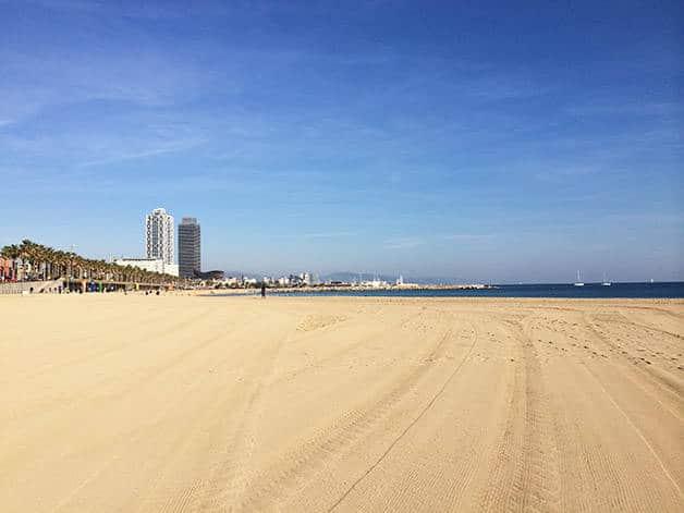 week-end sport: plage à Barcelone