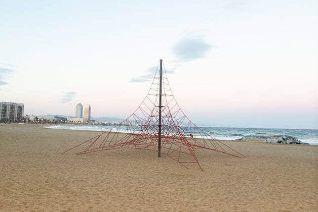 sport filet d'escalade à la plage