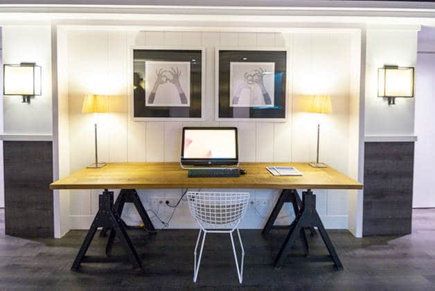 hôtel Para·lel bureau ordinateur