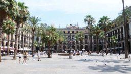 plaça reial Barcelone