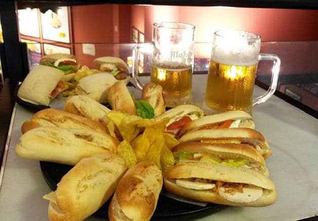 100 montaditos où manger pour moins de 5 euros