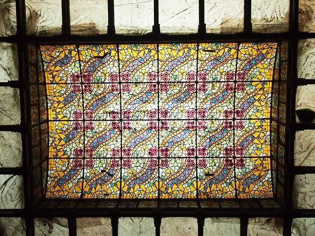 coupole en vitraux de la Casa Amatller