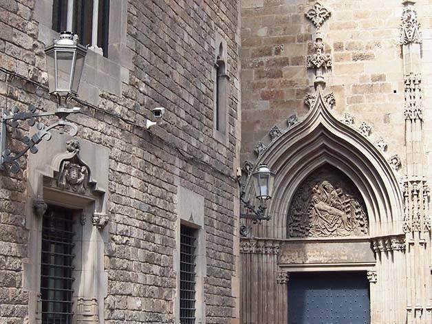 visite guidée pas chère quartier gothique