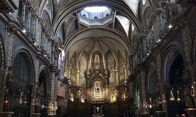 vue_montserrat_monastere_interieur