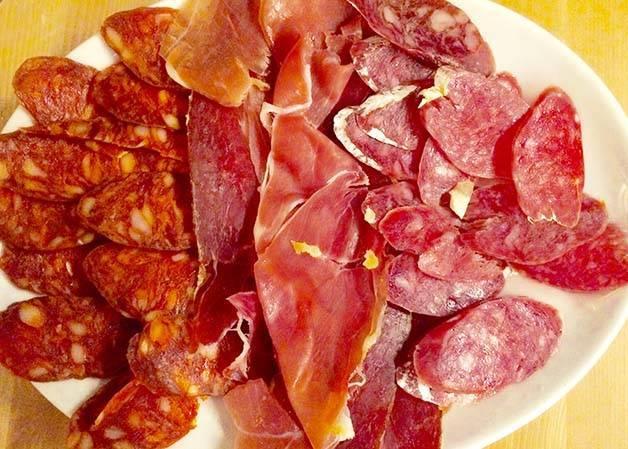Rekons-charcuterie-jambon, saucisson chorizo