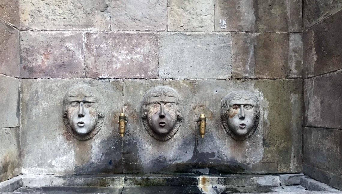 fontaine du Gothique