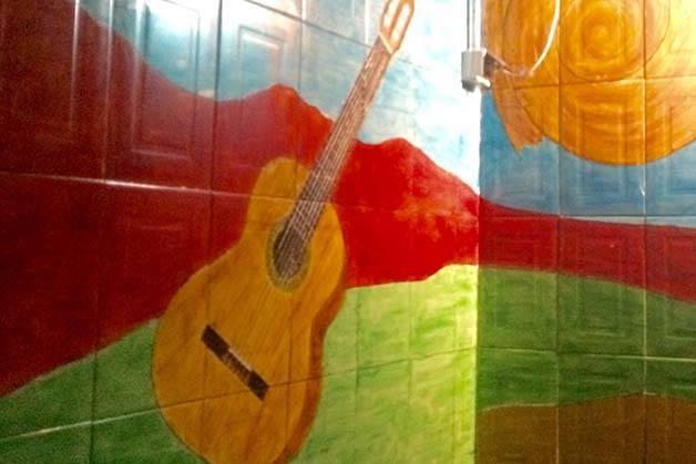 Mariatchi fresque murale: guitare