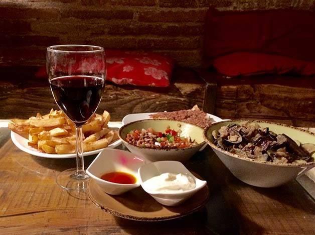 bormuth tapas et verre de vin