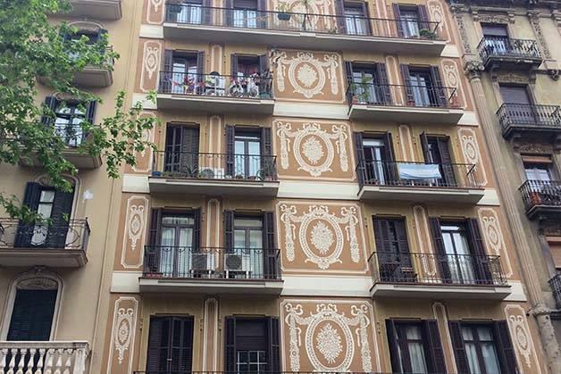 Sagrada Familia et Gaudí immeubles