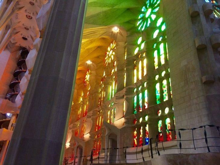 Sagrada Familia et Gaudí interieur