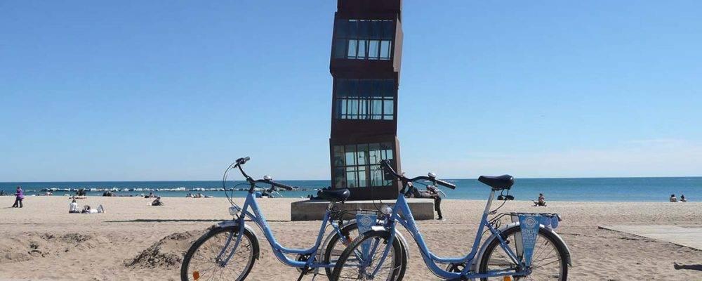 4 visites guidées à vélo culturelles et relaxantes pour découvrir Barcelone