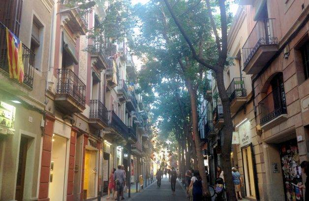 quartier de gràcia, rue Verdi après une visite du Parc Güell