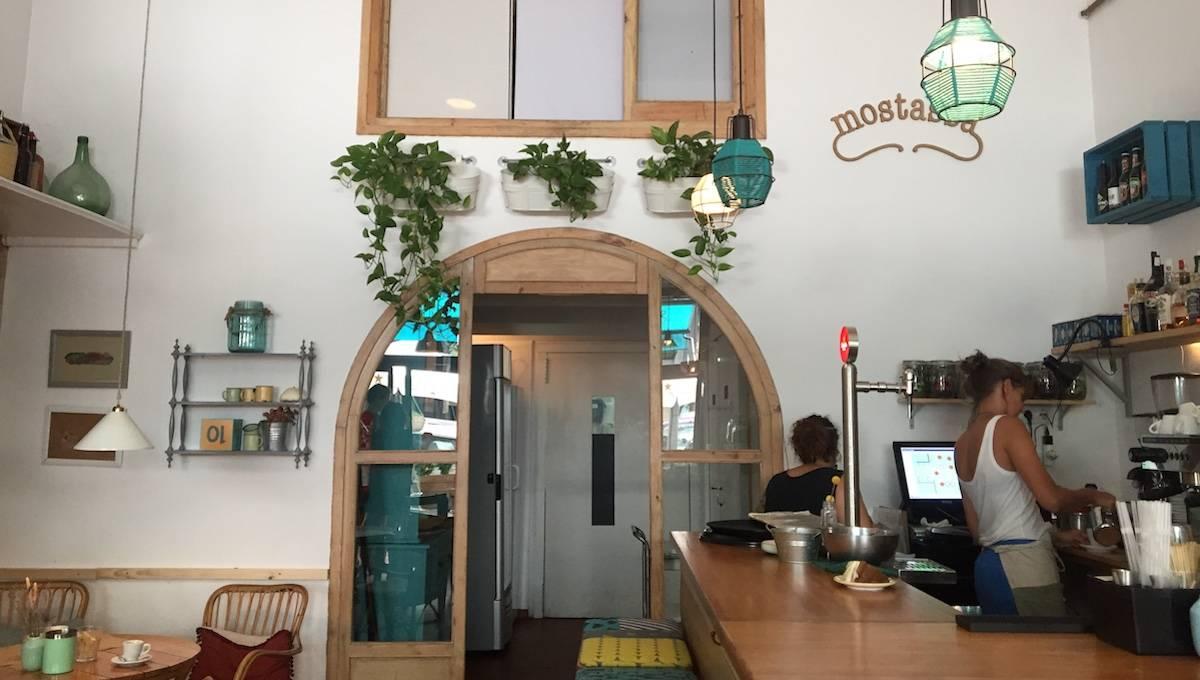 Mostassa: local et bar