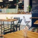 Intérieur du SweetOphelia Café