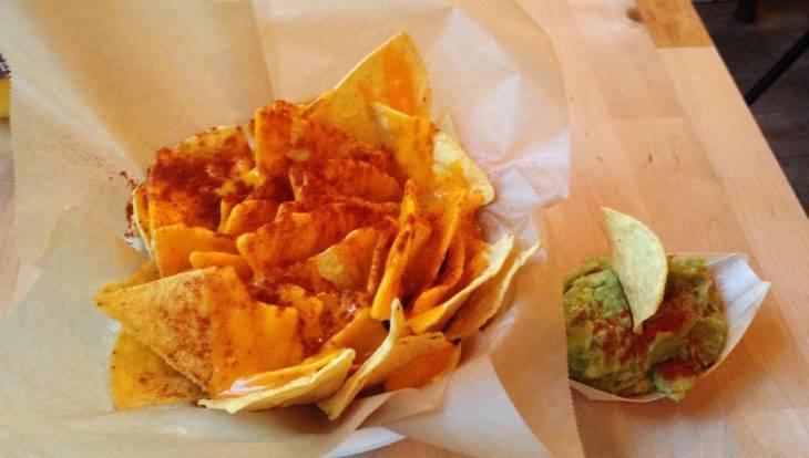 Châtelet: nachos au fromage et guacamole