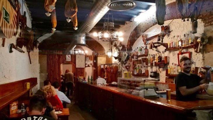 tapas casa del molinero et intérieur du bar