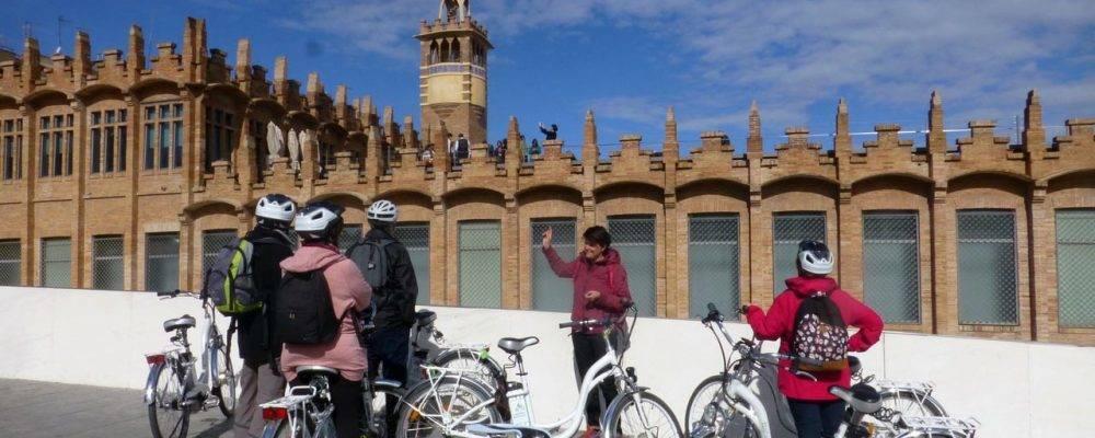 Visiter Barcelone autrement avec Florence: des tours guidés originaux et instructifs
