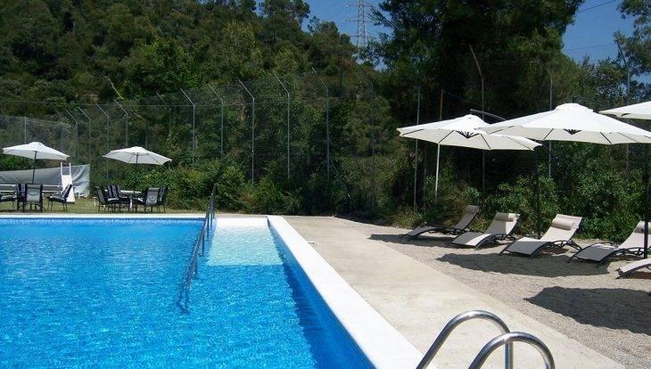 auberge de jeunesse avec piscine: inout hostel