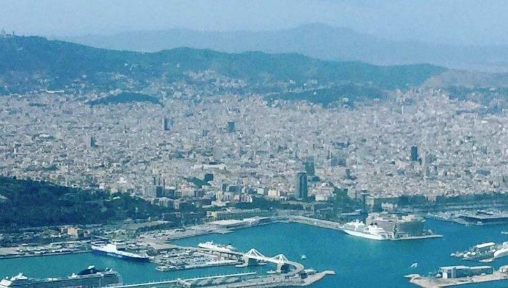 Barcelone vue d'avion