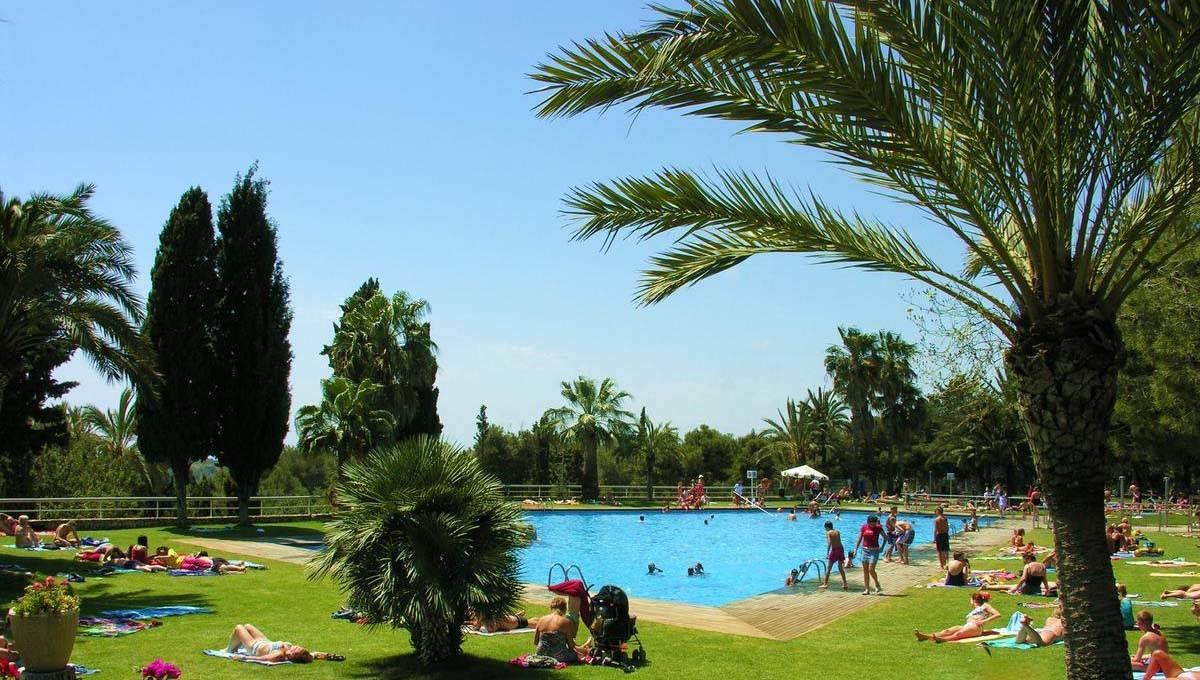 camping barcelone piscine du Vilanova park