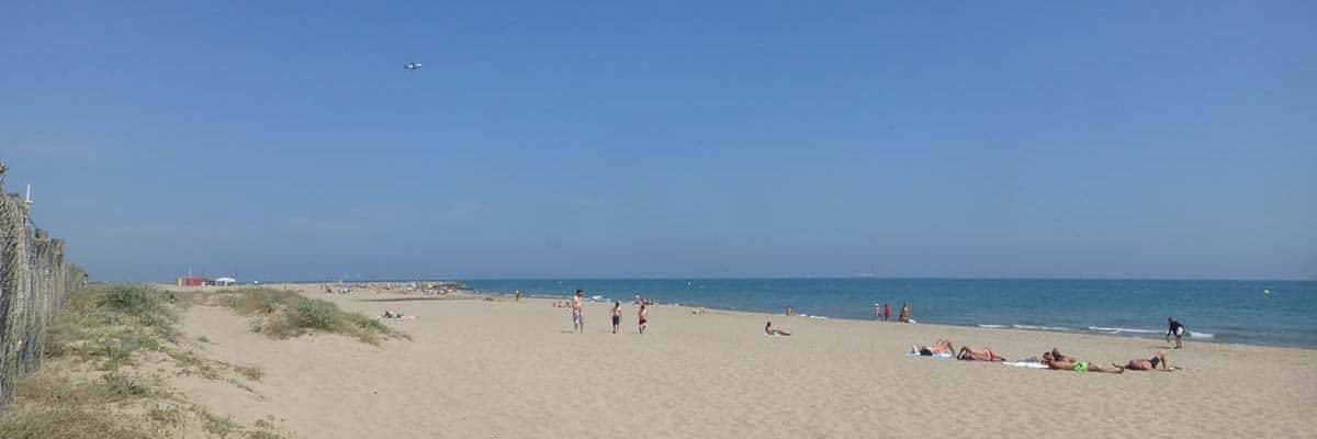camping barcelone plage de castelldefels