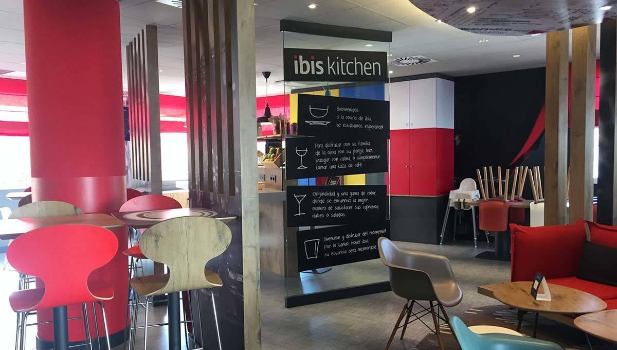 hôtel Ibis Castelldefels salle à manger